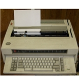 IBM Wheelwriter 25 Typewriter