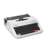 Royal 12667X-D Manual Typewriter - MS25PLUS