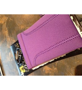 Fellowes Body Glove Neoprene Clutch Case for iPods, MP3/MP4 Players, Cameras, PDAs & Cell Phones (Purple)
