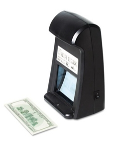 Royal Sovereign - Counterfeit Detector with Infrared Camera - Sold As 1 Each - Quickly detects fake U.S. bills.